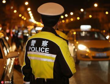 """南京交警严厉打击""""酒驾""""""""毒驾""""等危害公共安全的驾驶行为"""