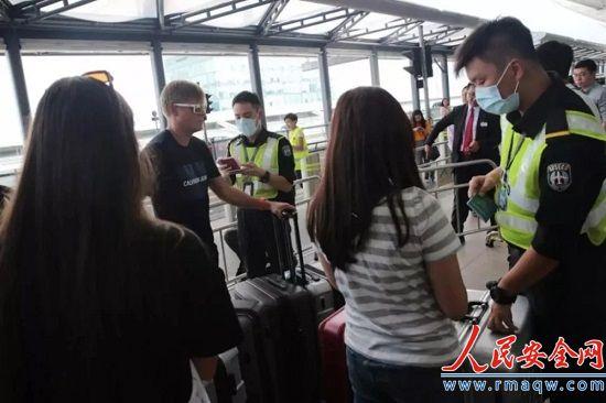禁制令生效 禁止任何人非法或意图阻碍香港机场运作