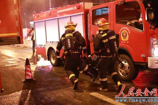 火已扑灭,人没事儿!浑南SR新城火灾楼内298户全部安全转移