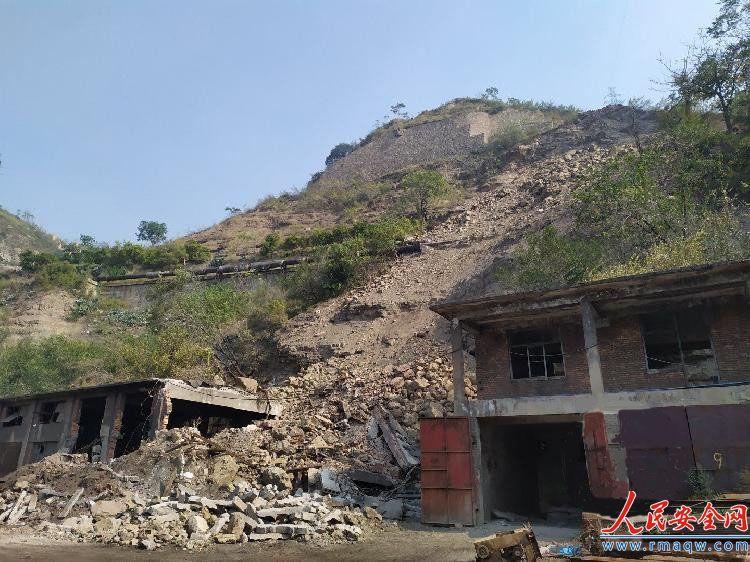 陕西韩城山体滑坡致一人身亡,家属称整整30天了还没见过遗体