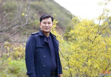 河南省宝丰县政协委员礼花开栗树坡